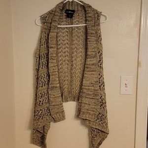 It's Our Time Open Front Sleeveless Sweater Size L